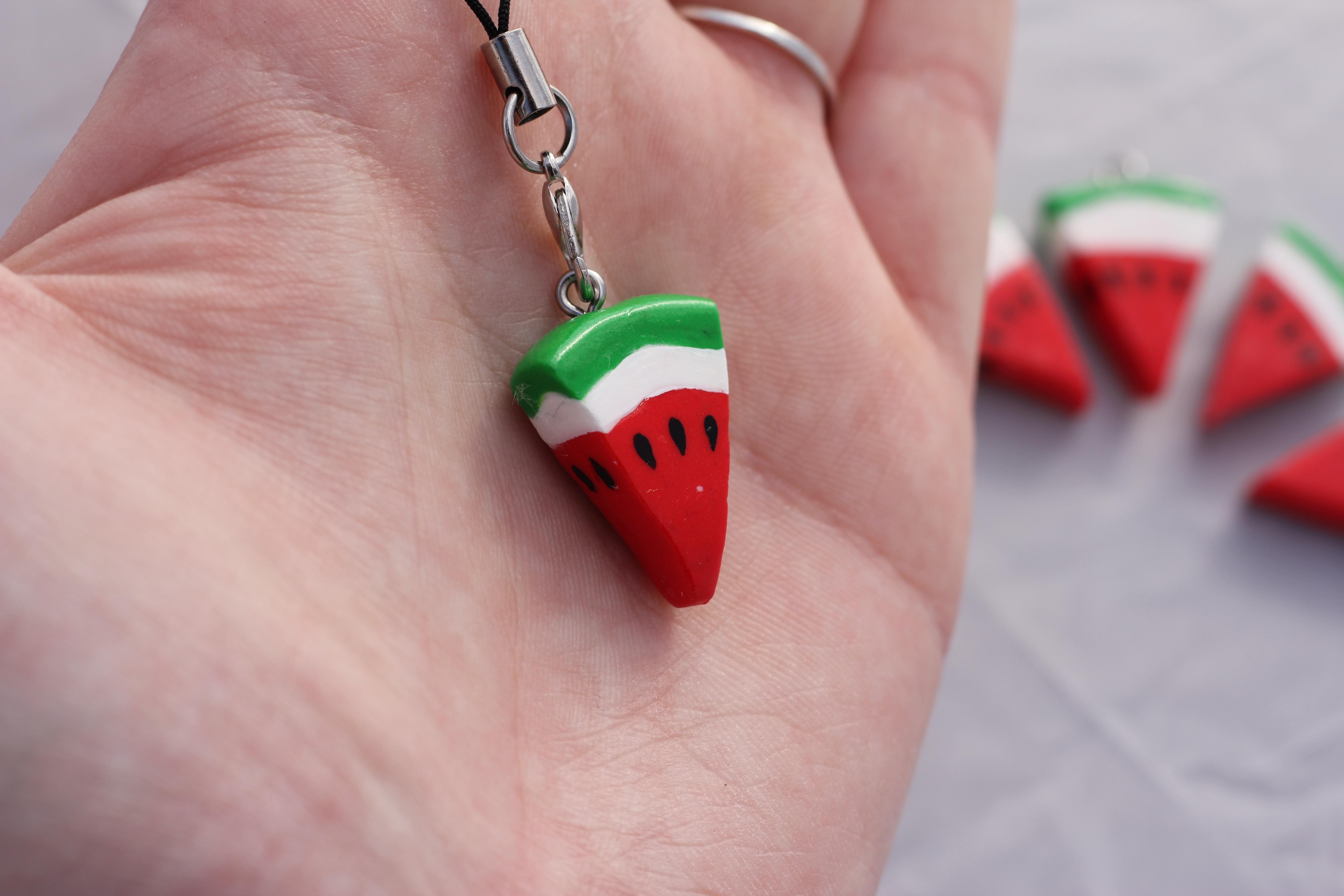Sind Sie Nicht Süß? Die Kleinen Melonen Stücke Aus FIMO? Bis Jetzt Ist Es  Eigentlich Nicht Einer Meiner Lieblingsbeschäftigung Kleine Figuren  Herzustellen, ...